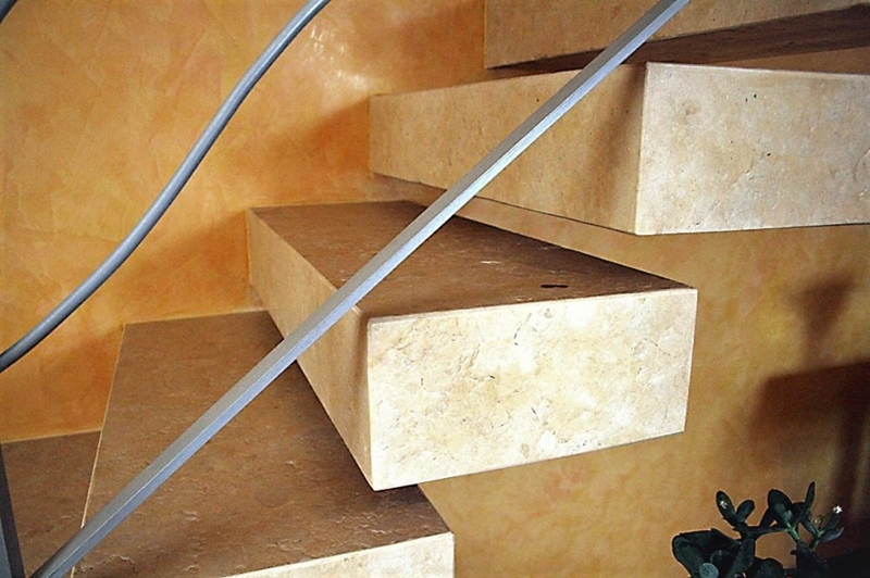 Suspended staircase in Jerusalem stone GOLD